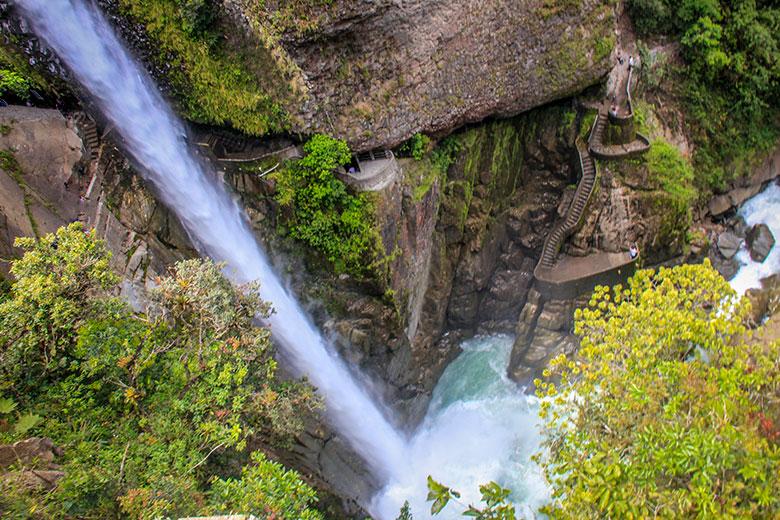 rota das cachoeiras em Baños