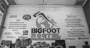 Bigfoot hostel and volcano boarding, León, Nicarágua