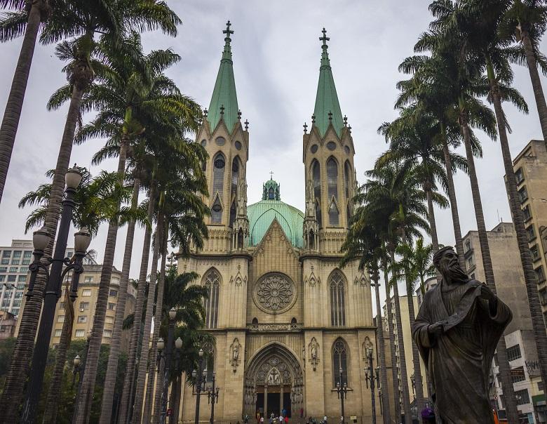 tour de graça em São Paulo
