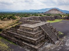 Pirâmides de Teotihuacán, no México