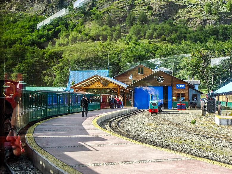 Ushuaia e o trem do fim do mundo, na Patagônia argentina