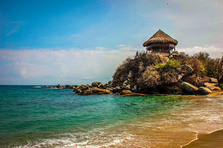 verão e praias na Colômbia
