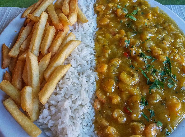 restaurantes baratos em Ilhabela