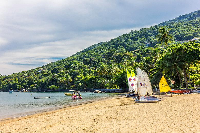 praias em Ilhabela - Armação