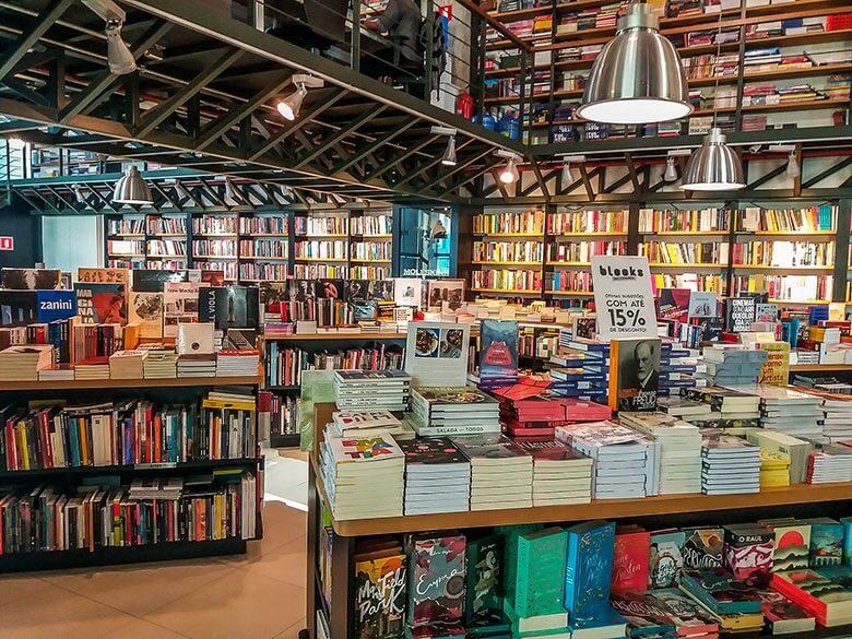 Livraria Blooks no Shopping Frei Caneca, em São Paulo
