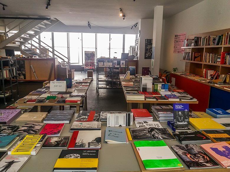 Livraria e espaço cultural Casa Plana, na Vila Madalena