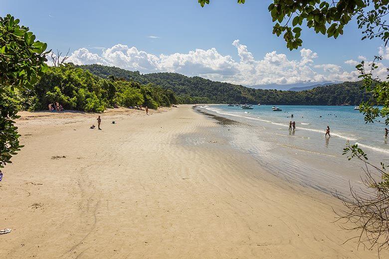 praias na Ilha Anchieta