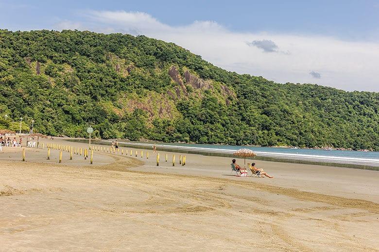 pousadas na Praia do Indaiá em Bertioga