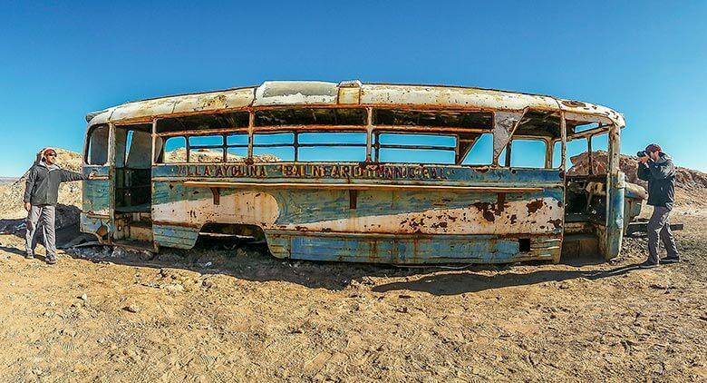 ônibus abandonado do Atacama