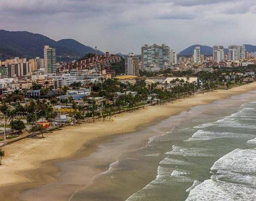 bairros para se hospedar no Guarujá