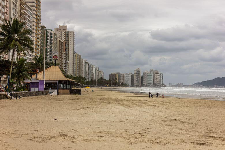 onde ficar no Guarujá barato