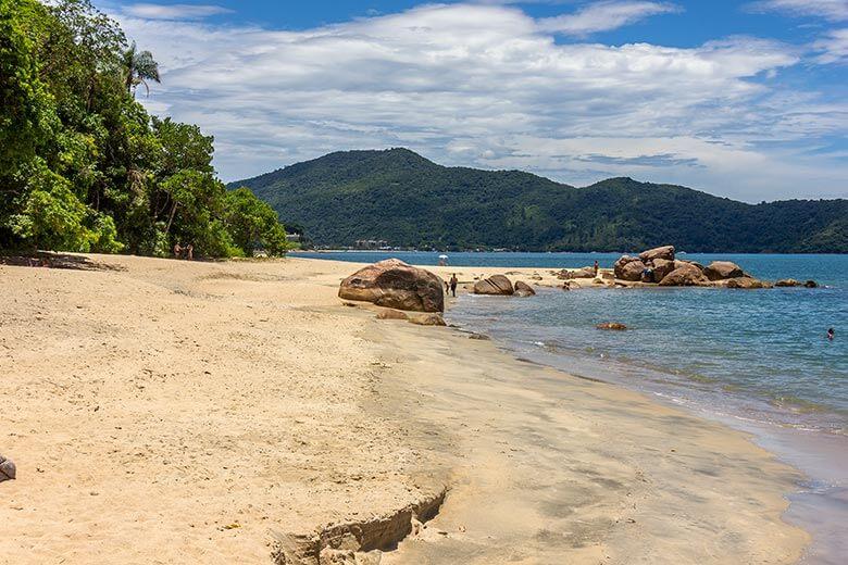 Praia da Mococa em Caraguatatuba