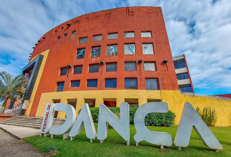 Escola do Teatro Bolshoi de Joinville