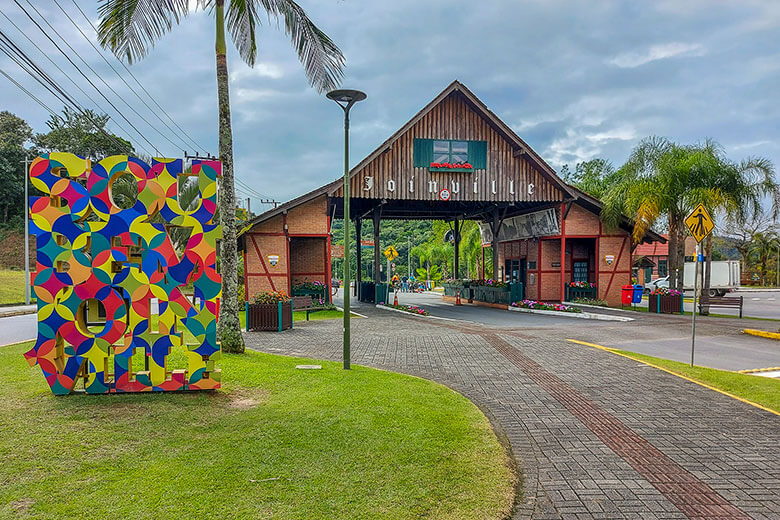 hotéis em Joinville baratos