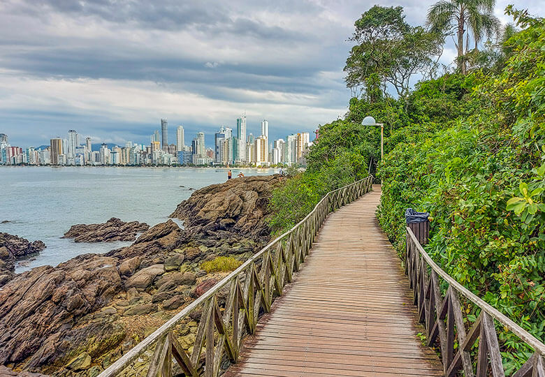 lista de praias de Balneário Camboriú - SC