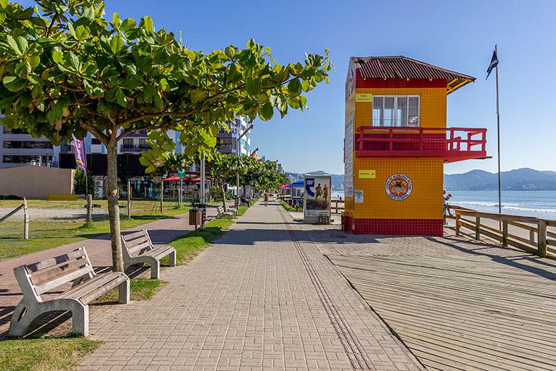 fotos da Meia Praia em Itapema