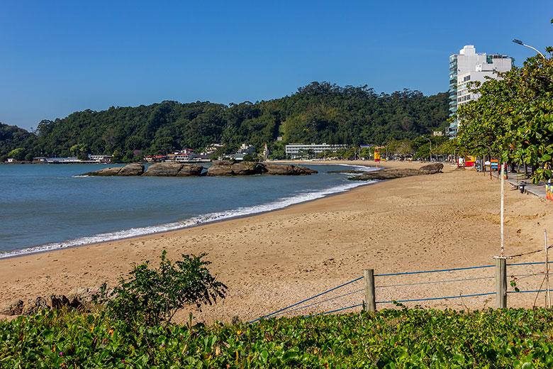 melhores praias de Itajaí