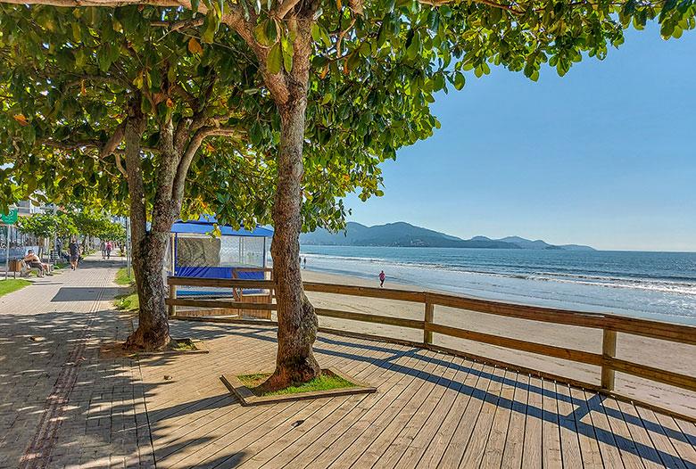 melhores praias de Itapema