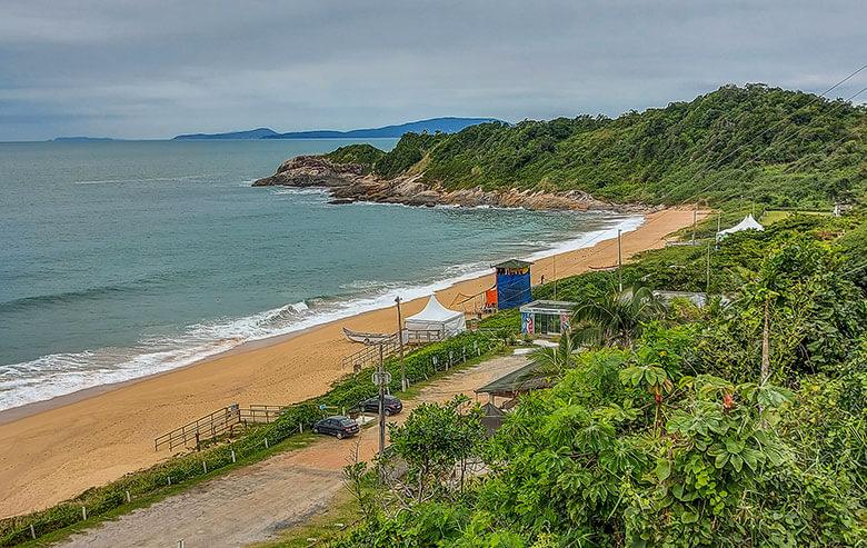 praia naturista em Balneário Camboriú